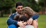 Soldes : Un père fait de déchirants adieux à sa famille