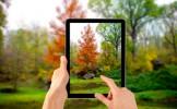 Tout n'est pas perdu, les gens qui prennent des photos dans la rue avec leur iPad font encore rire