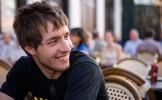 Paris : un homme paye une boisson 9 à 10 fois son prix réel avec le sourire