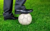 Les dirigeants de la FIFA se demandent s'ils n'auraient pas pu multiplier leur salaire par trois au ...