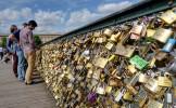 Un couple décide de rompre après la destruction de leur cadenas d'amour