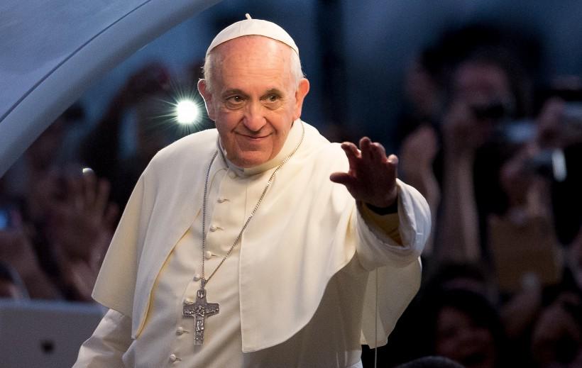 Le pape François se dit contre le préservatif pendant la masturbation